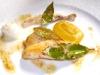 Assaggi di Teatro: il San Pietro cotto nelle foglie d'alloro, crema di ceci, cannollicchi di mare e lardo