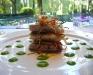 Assaggi di Teatro: Millefoglie di verdure e pesce azzurro con pois di salsa di piselli