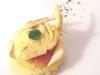 Assaggi di Teatro: crostino con burro montato, bottarga, carciofo crudo