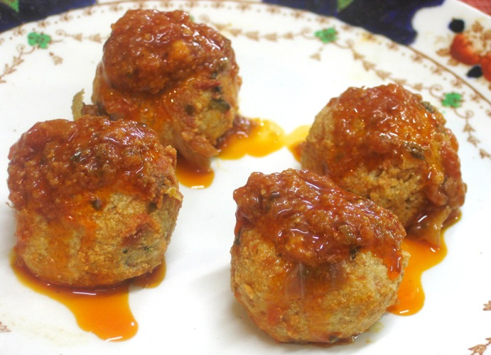 how to cook meatballs in sauce on stove