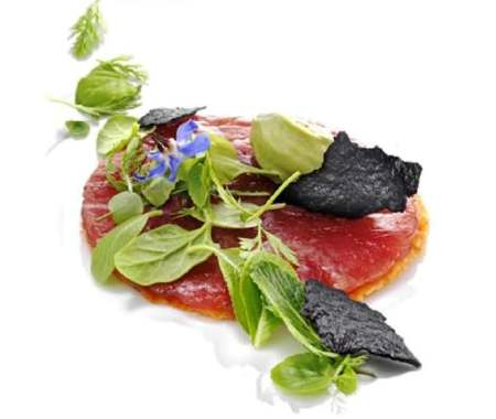 http://www.roma-gourmet.net/sito/wp-content/uploads/2008/12/heinz-beck_carpaccio-tonno_lapergola-hilton_.jpg